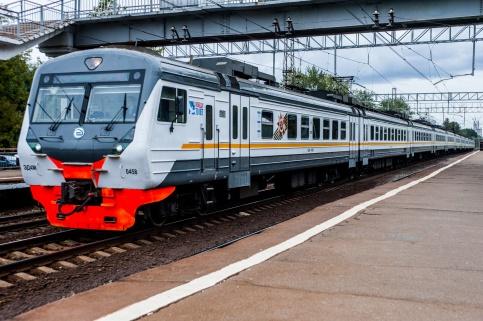 Жители САО смогут приобрести абонемент на проезд в электричке со скидкой