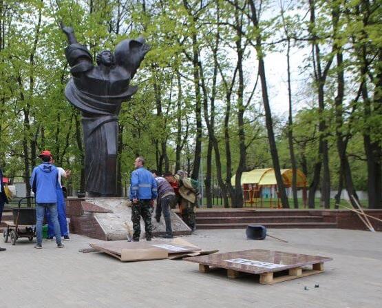 Отремонтированный памятник открыли ко Дню Победы в САО